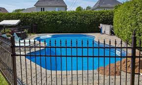 Edwardsville IL Professional Swimming Pool Fence Contractor